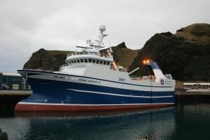 Ship broker magazine